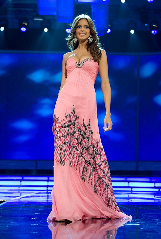 Mayra Matos, Miss Puerto Rico 2009, competes as a top 10 finalist in an evening gown of her choice during the 58th annual Miss Universe competition from Atlantis, Paradise Island, Bahamas.