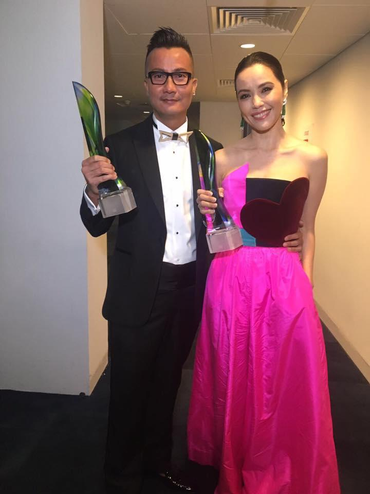 Chen Han Wei and Zoe Tay at Star Awards 2017 (Photo: Channel 8's Facebook page)