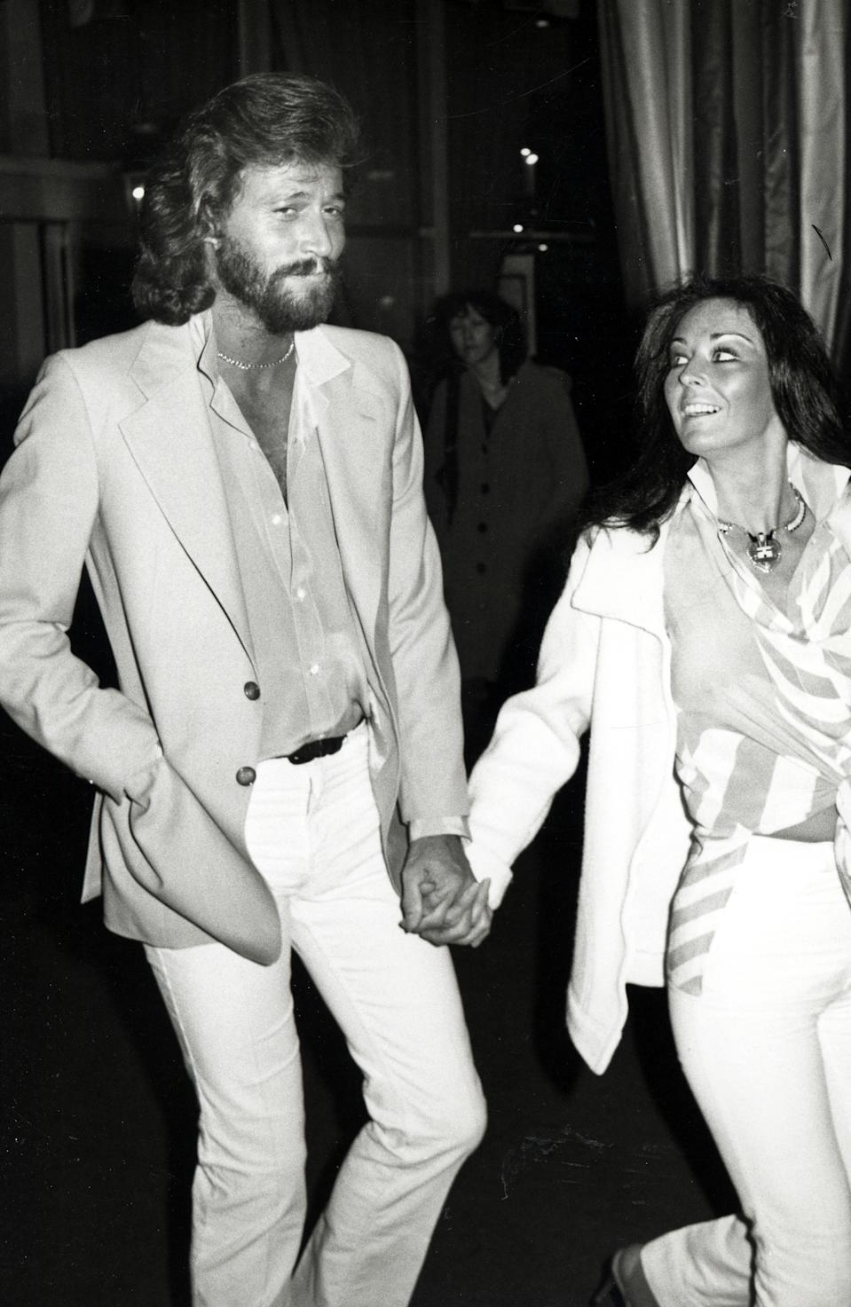 Barry Gibb and wife Linda Ann Gray during Barry Gibb and Wife Linda Ann Gray Sighting at the Hilton Hotel in Beverly Hills - February 8, 1980 at Hilton Hotel in Beverly Hills, California, United States. (Photo by Ron Galella/Ron Galella Collection via Getty Images)