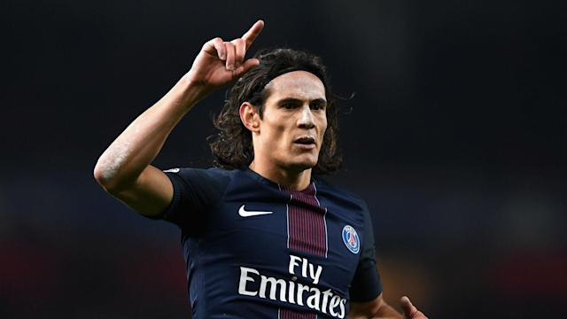 Edinson Cavani's 31st Ligue 1 goal of the season helped PSG to beat Montpellier 2-0 and move above Monaco into top spot.