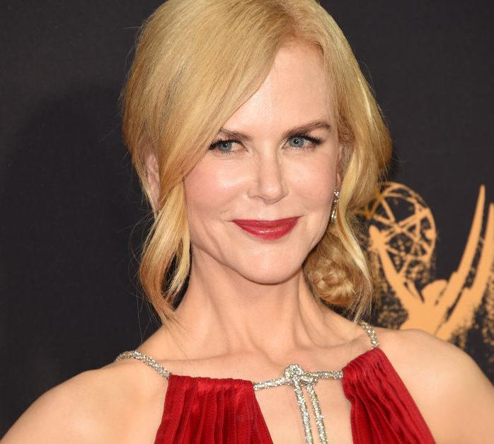 Nicole Kidman is the dancing girl emoji in this ~sizzling~ red dress at the 2017 Emmys