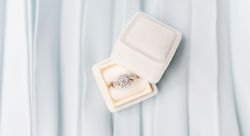 Searching for a budget engagement ring? We think we've found it [Photo: Unsplash]