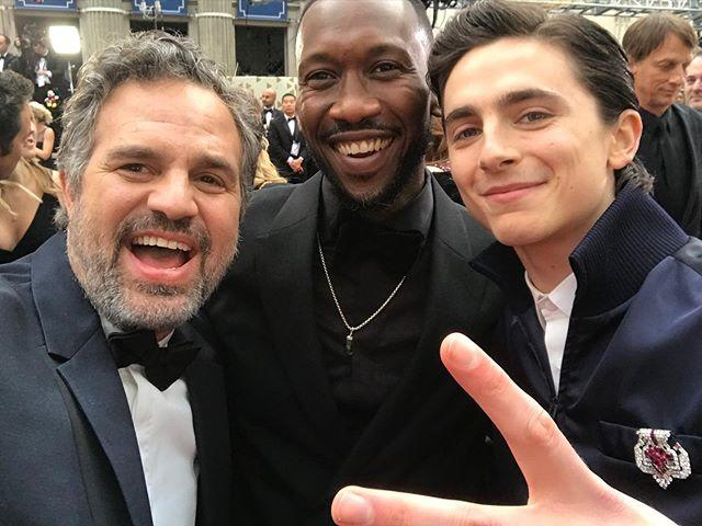 "<p>Mark Ruffalo was very excited to run into friends Mahershala Ali and Timothée Chalamet on the red carpet.</p><p><a href=""https://www.instagram.com/p/B8XlqybFvow/"">See the original post on Instagram</a></p>"