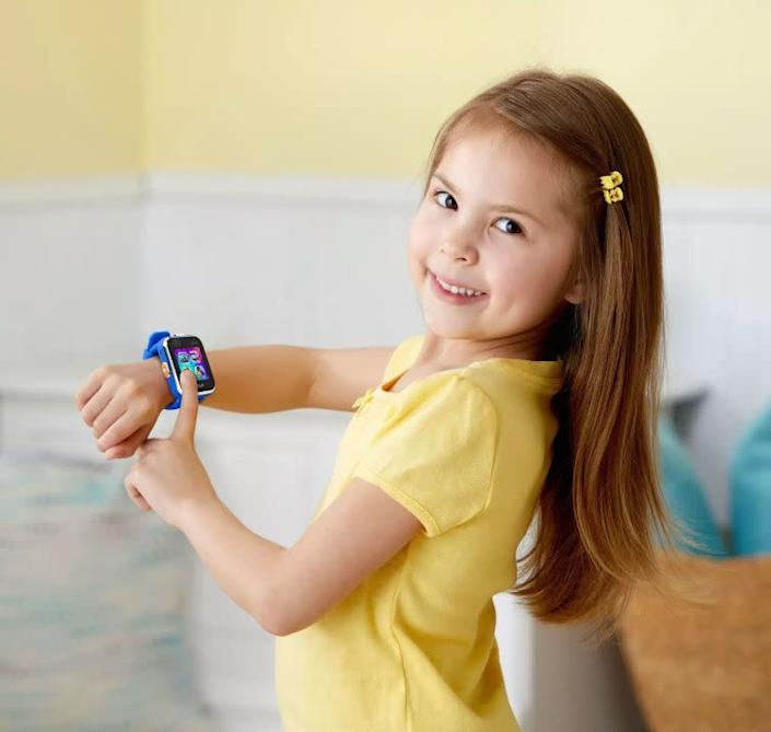 """Not ready to give you kiddos an expensive digital watch? Gift them this <strong><a href=""""https://fave.co/37le4fr"""" rel=""""nofollow noopener"""" target=""""_blank"""" data-ylk=""""slk:V-tech digital watch"""" class=""""link rapid-noclick-resp"""">V-tech digital watch </a></strong> stocked full with plenty of features and an added GPS feature for mom and dad. <strong><a href=""""https://fave.co/37le4fr"""" rel=""""nofollow noopener"""" target=""""_blank"""" data-ylk=""""slk:Get it on Target"""" class=""""link rapid-noclick-resp"""">Get it on Target</a></strong>."""