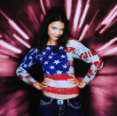 """<p>Katie's look may read coy but she's just trying to wish you a """"Happy 4th of July!"""" (Photo: <a rel=""""nofollow noopener"""" href=""""https://www.instagram.com/p/BWJZH3wB6Zx/?hl=en"""" target=""""_blank"""" data-ylk=""""slk:Katie Holmes via Instagram"""" class=""""link rapid-noclick-resp"""">Katie Holmes via Instagram</a>) </p>"""