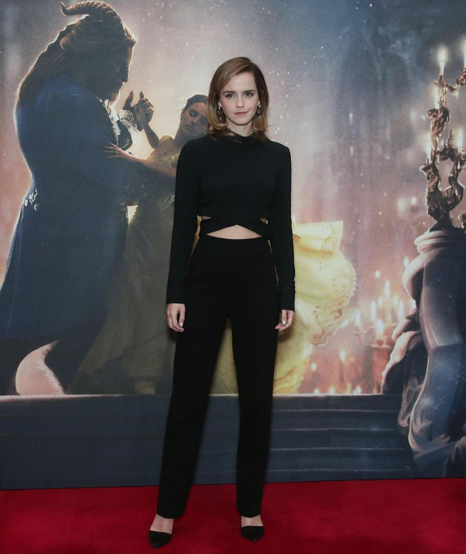 <p>During a photocall in London, the actress flaunted her taut tum in an all-black 3.1 Phillip Lim look that showed off her midriff. <em>[Photo: PA]</em> </p>