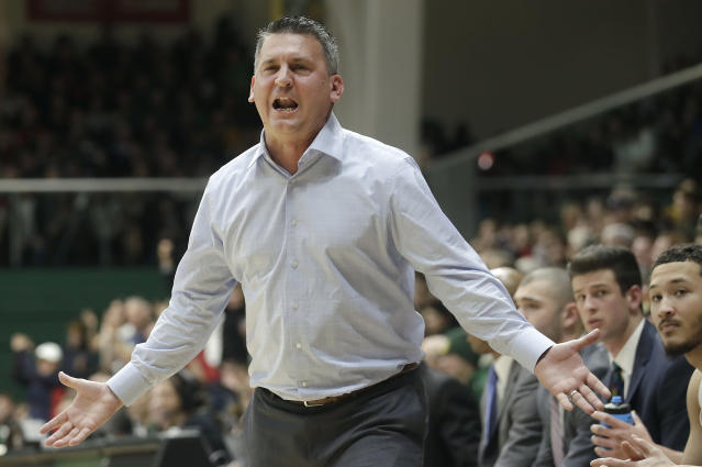 San Francisco head coach Kyle Smith reacts to an official's call during the first half of the team's NCAA college basketball game against Gonzaga in San Francisco, Saturday, Jan. 12, 2019. (AP Photo/Jeff Chiu)