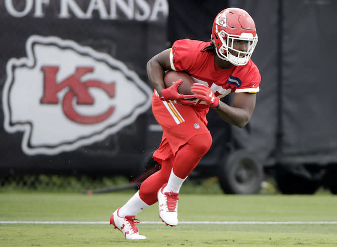 The arrow is pointing forward for Kareem Hunt post-Ware knee injury. (AP)
