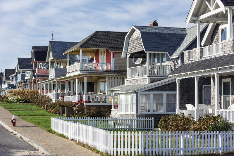 MARTHA'S VINEYARD, OAK BLUFFS, MASSACHUSETTS, UNITED STATES - 2015/10/22: Charming cottage houses along Ocean Park. (Photo by John Greim/LightRocket via Getty Images)