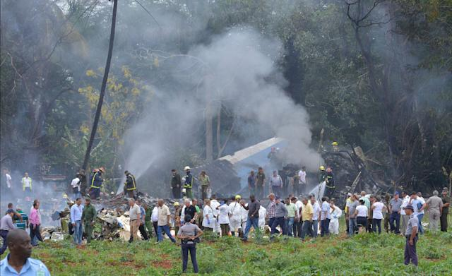 "<p>Picture taken at the scene of the accident after a Cubana de Aviacion aircraft crashed after taking off from Havana's Jose Marti airport on May 18, 2018. – A Cuban state airways passenger plane with 104 passengers on board crashed on shortly after taking off from Havana's airport, state media reported. The Boeing 737 operated by Cubana de Aviacion crashed ""near the international airport,"" state agency Prensa Latina reported. Airport sources said the jetliner was heading from the capital to the eastern city of Holguin. (Photo: Adalberto Roque/AFP/Getty Images) </p>"