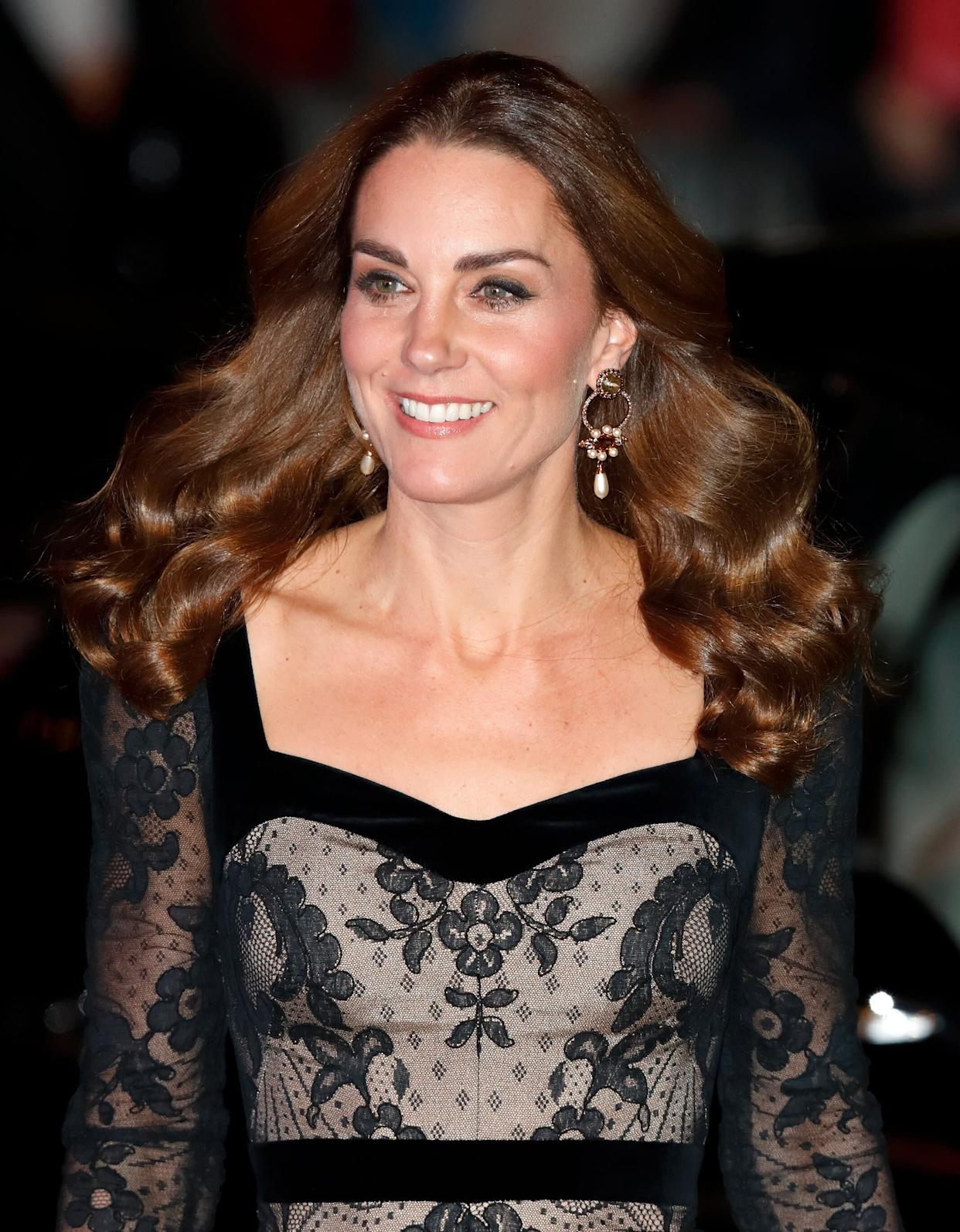 Kate chose a dress by one of her favorite designers, Alexander McQueen. (Photo: Max Mumby/Indigo via Getty Images)