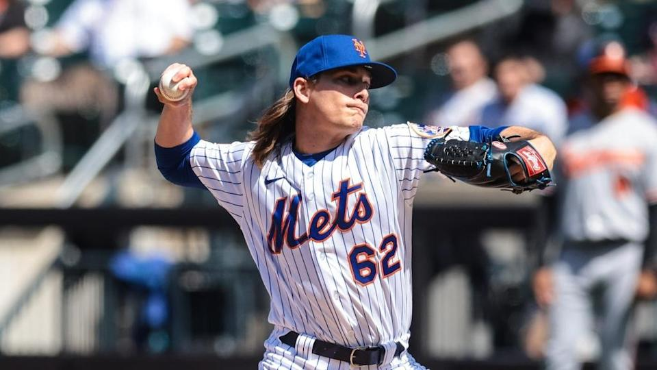 Drew Smith pitches in home Mets whites