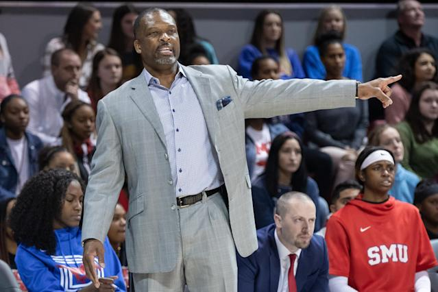 Dai'Ja Thomas suffered a knee injury in her junior year and said that coach Travis Mays (pictured) pressured her to play through it, along with other abuse allegations. (Matthew Visinsky/Icon Sportswire/Getty Images)