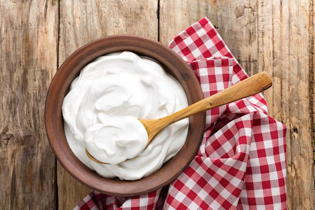 Will a spoonful of yoghurt before meals help you lose weight? [Photo: Getty]