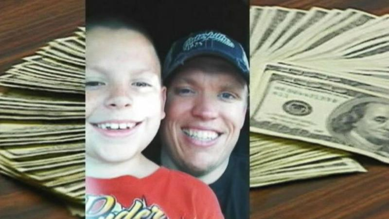 Boy Can Keep Unclaimed $10K Found in Hotel Drawer