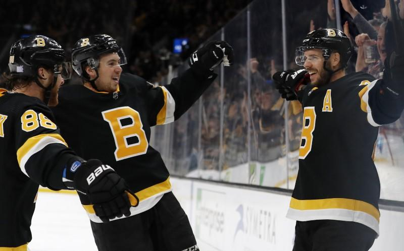 NHL roundup: Bruins nip Rangers in OT for 6th straight win