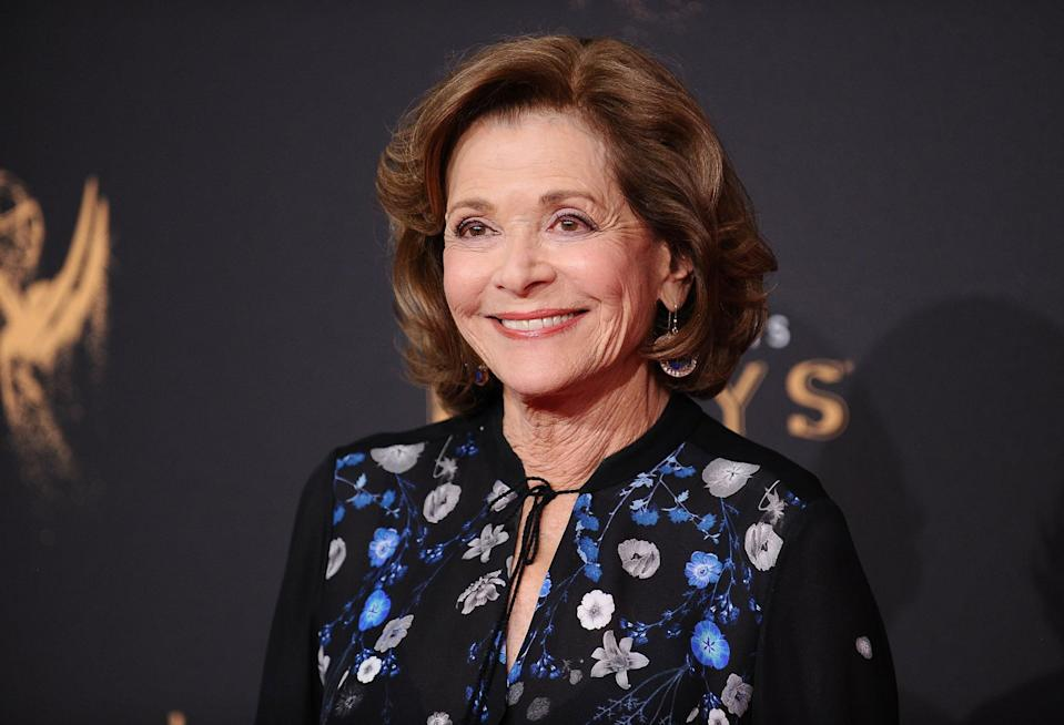 LOS ANGELES, CA - SEPTEMBER 09: Actress Jessica Walter attends the 2017 Creative Arts Emmy Awards at Microsoft Theater on September 9, 2017 in Los Angeles, California.  (Photo by Jason LaVeris/FilmMagic)