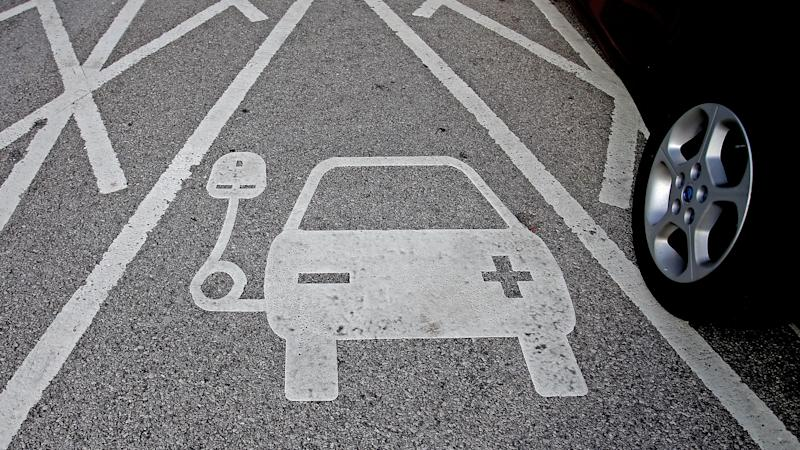 New electric cars must now make a noise under new European Union law