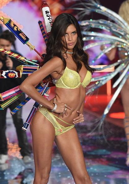<p>Don't mess with Sarah Sampaio or she might blow! </p>