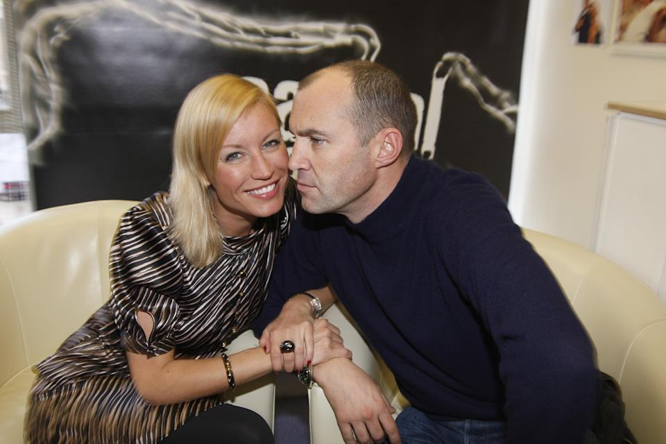 Denise Van Outen and Johnny Vaughan reunite on their new Capital Breakfast Show on February 4, 2008 in London, England. (Photo by Jon Furniss/WireImage)