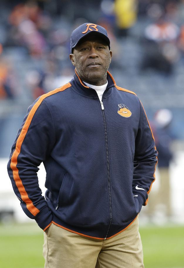 Lovie Smith finalizes deal as Buccaneers coach