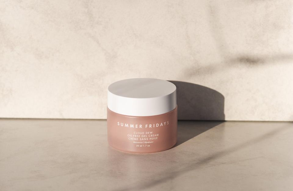 With a creamy yet surprisingly light texture, this water-based gel moisturizer plumps the skin full of hydration with three types of hyaluronic acid.