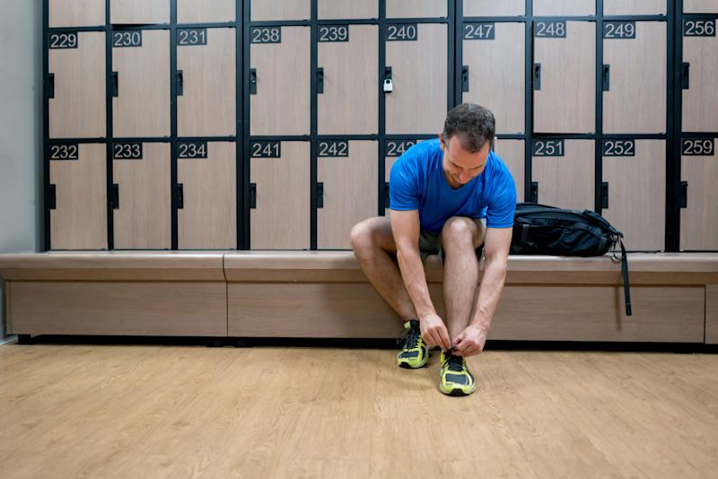 Locker room conduct is a big part of gym etiquette. (Photo: andresr via Getty Images)