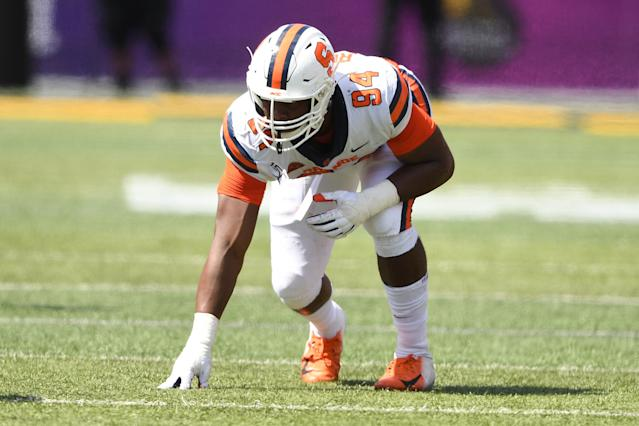 Syracuse EDGE Alton Robinson needs to revive his NFL draft stock with a strong finish or good showing at the Senior Bowl. (Photo by Mitchell Layton/Getty Images)