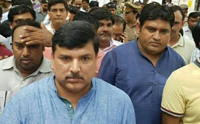 AAP leader Sanjay Singh slapped by woman party worker