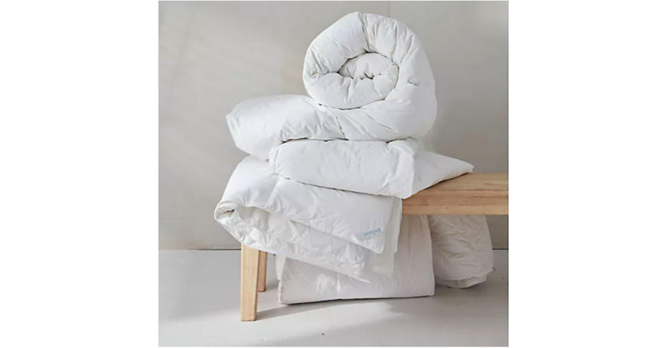Nestwell Extra Warmth Down Comforter (Photo: Bed Bath & Beyond)