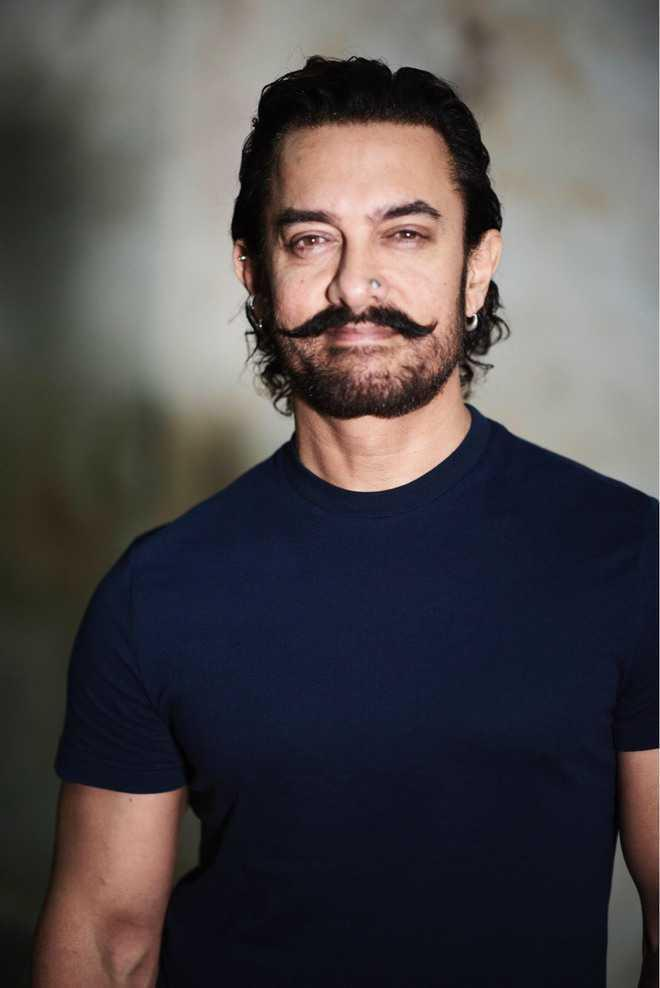 Aamir Khan is learning the art of tying a Turban as part of his role for Laal Singh Chaddha!