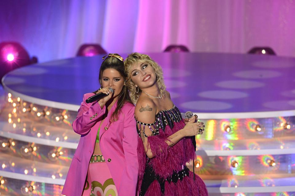 Miley Cyrus and Maren Morris on stage