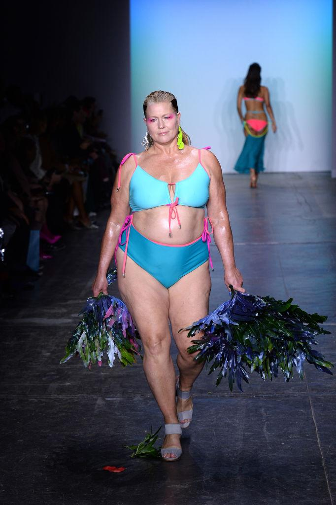 A curvy Chromat model with reimagined seaweed pom-poms at the brand's Fall/Winter 2019 fashion show during New York Fashion Week on February 8, 2019 in New York City. (Photo: Getty Images)