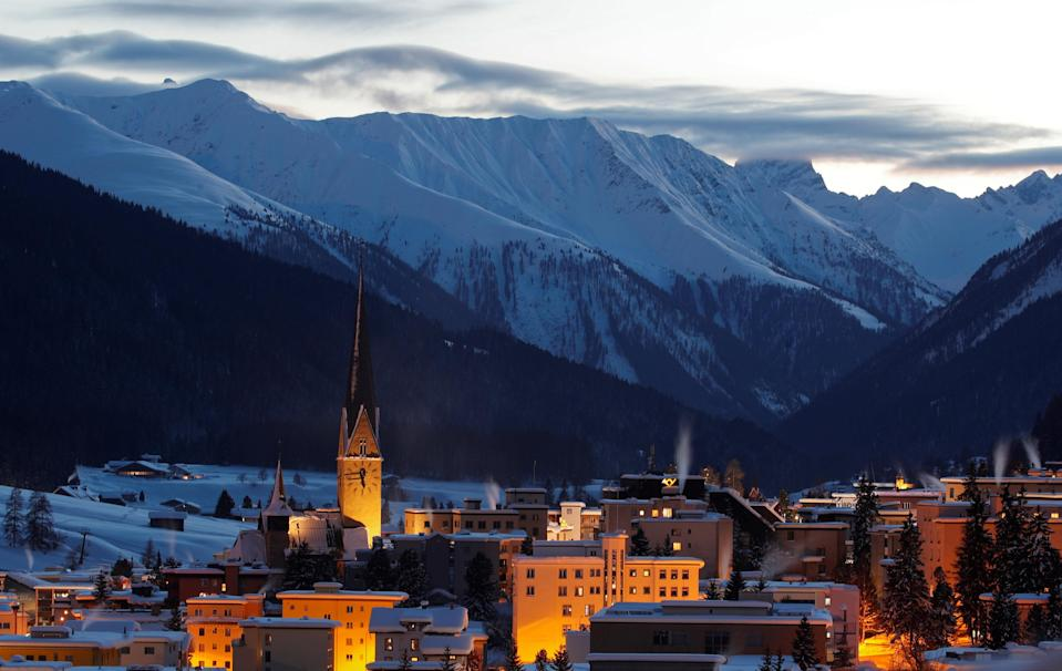 A general view shows Davos in the evening ahead of World Economic Forum (WEF), Switzerland, January 20, 2019. Photo: REUTERS/Arnd Wiegmann