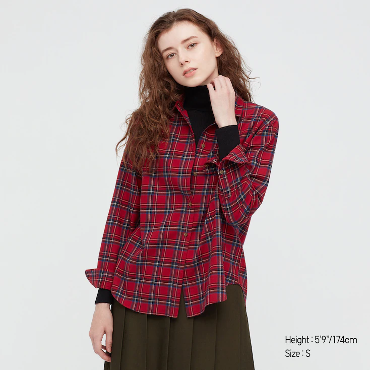 """<h2>Uniqlo Flannel</h2><br>You can't talk about classic fall fabrics without mentioning flannel. What we especially love about these plaid pieces is that they're slightly boxy, making them easy to wear on their own or with other layers (perhaps over a Uniqlo Heattech piece?) for maximum warmth.<br><br><em>Shop </em><a href=""""https://www.uniqlo.com/us/en/search?q=flannel"""" rel=""""nofollow noopener"""" target=""""_blank"""" data-ylk=""""slk:Uniqlo Flannel"""" class=""""link rapid-noclick-resp""""><em>Uniqlo Flannel</em></a><br><br><strong>Uniqlo</strong> WOMEN FLANNEL CHECKED LONG-SLEEVE SHIRT, $, available at <a href=""""https://go.skimresources.com/?id=30283X879131&url=https%3A%2F%2Fwww.uniqlo.com%2Fus%2Fen%2Fwomen-flannel-checked-long-sleeve-shirt-441146.html"""" rel=""""nofollow noopener"""" target=""""_blank"""" data-ylk=""""slk:Uniqlo"""" class=""""link rapid-noclick-resp"""">Uniqlo</a>"""