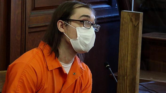 Brandon Clark takes the stand at his trial for the murder of Bianca Devins. / Credit: WKTV