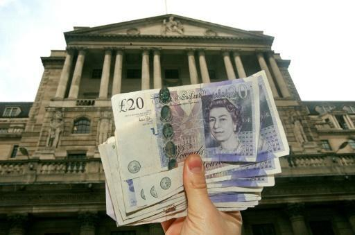 Pound plunges 6.1% to new 31-year low against dollar