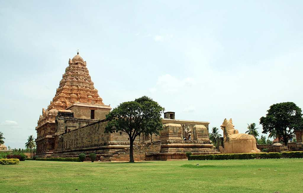 Gangaikonda Cholapuram - a general view. The majestic and well maintained UNESCO World Heritage Site of Gangaikonda Cholapuram.