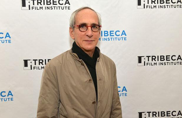 'Erin Brockovich' Producer Sues Academy to Demand Vote on Proposed Social Media Plan