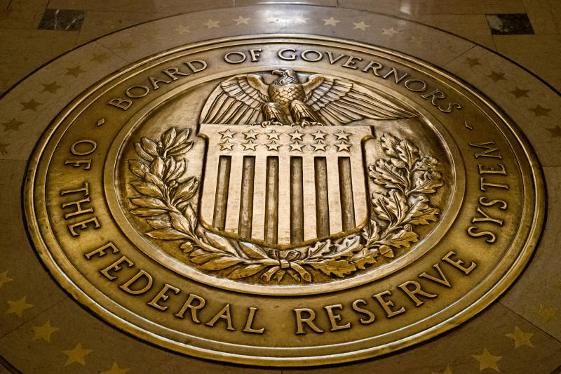 Trump deals new pair for open Fed posts