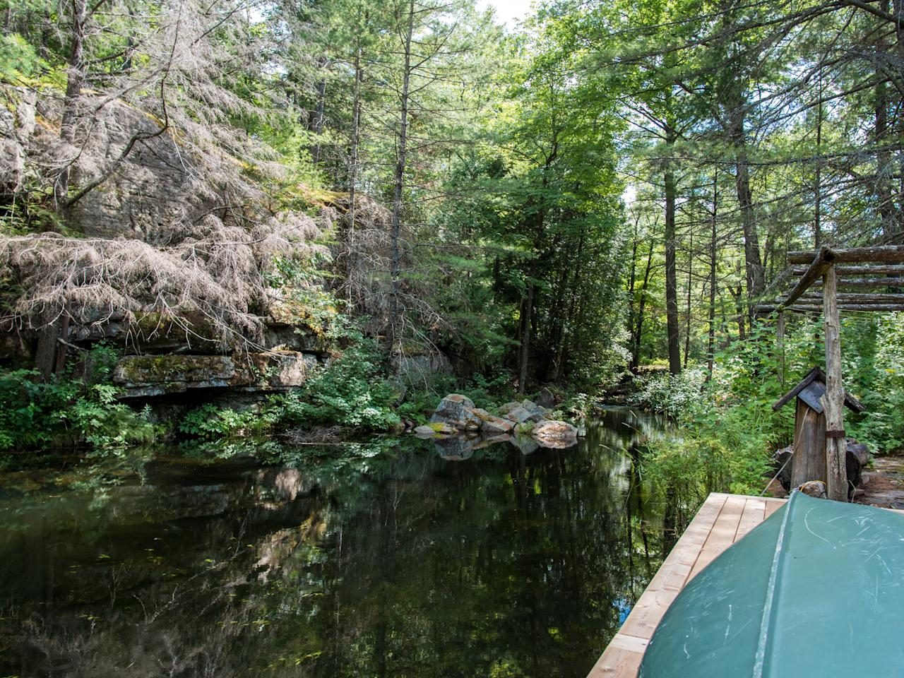 <p>The Lodge has complete privacy, surrounded by trees and waterfalls. (Team Haliburton Highlands at RE/MAX) </p>