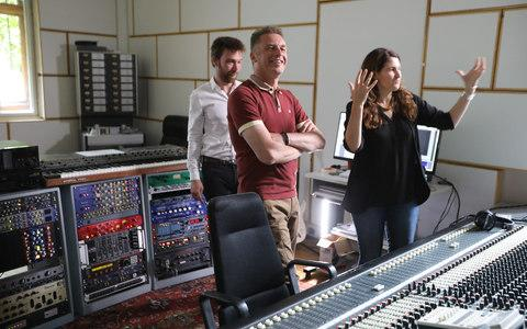 Chris Packham and Professor Julia Clark hear the sound of T-Rex for the first time - Credit: BBC