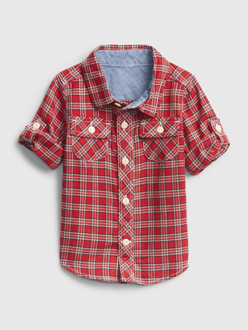 <p>As promised, we have looks for the whole family. How cute is this <span>Gap Baby Plaid Shirt</span> ($14, originally $25)?</p>