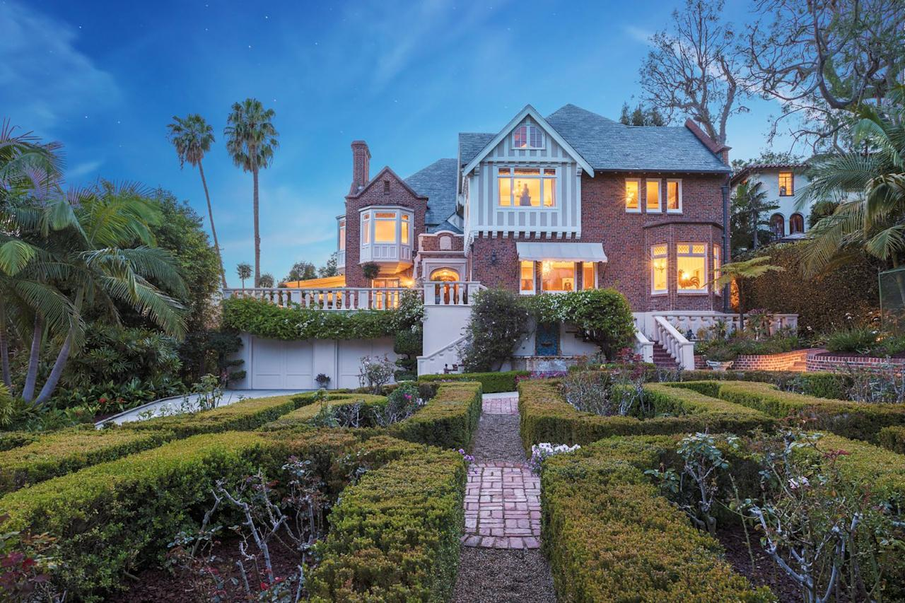 1) The manse was completed in 1926, and is considered a California landmark.