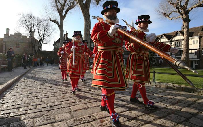 Beafeaters were formed by Henry VII in 1485