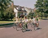 <p>There anything better than meeting up with your neighborhood crew for a ride around the block. </p>