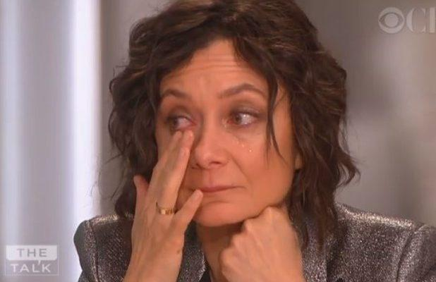 Sara Gilbert gives an emotional farewell to 'The Talk'