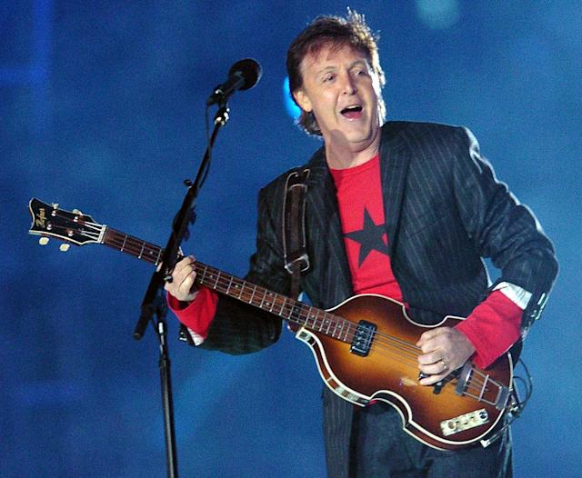 2005: Paul McCartney. (Photo credit should read ROBERTO SCHMIDT/AFP via Getty Images)