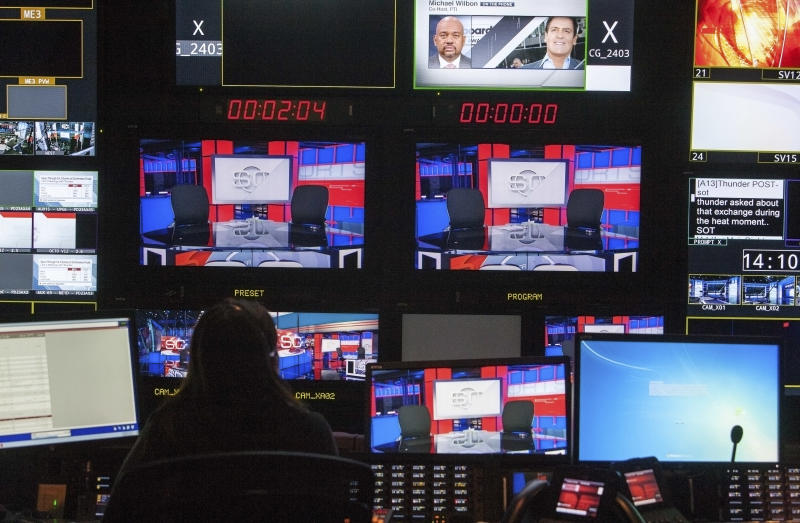 A production control room in Digital Center 2, a new 194,000 sq. ft building on the ESPN campus in Bristol, Connecticut May 22, 2014 will be the new home of SportsCenter beginning June 2014. The facility includes 5 broadcast studios, 6 production control rooms, 4 audio control rooms and 16 edit suites. REUTERS/Michelle McLoughlin (UNITED STATES - Tags: SPORT SCIENCE TECHNOLOGY MEDIA)