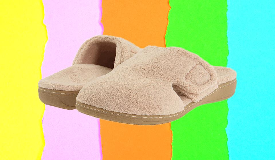 These slippers are designed to look and feel spa-like. (Photo: Zappos)